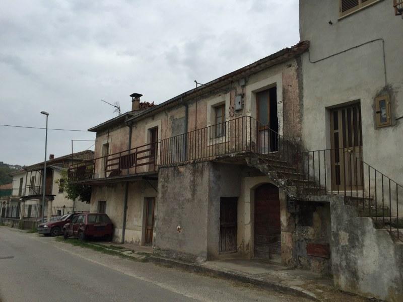 Soluzione Indipendente in vendita a Arpino, 9 locali, prezzo € 78.000 | Cambio Casa.it