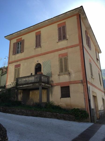 Palazzo / Stabile in vendita a Atina, 12 locali, prezzo € 195.000 | Cambio Casa.it