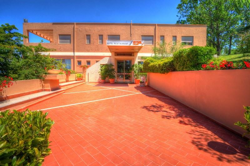 Albergo in vendita a Arpino, 35 locali, zona Zona: Civitavecchia, prezzo € 2.550.000 | Cambio Casa.it