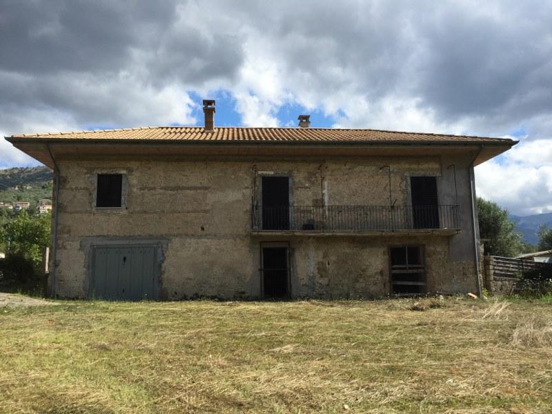 Rustico / Casale in vendita a Vicalvi, 7 locali, prezzo € 98.000 | Cambio Casa.it