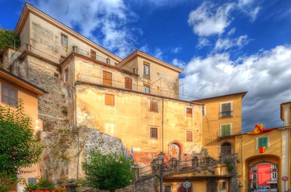 Soluzione Indipendente in vendita a Arpino, 12 locali, prezzo € 180.000 | Cambio Casa.it