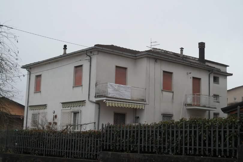 Villa Bifamiliare in vendita a San Giovanni Incarico, 6 locali, prezzo € 98.000 | Cambio Casa.it