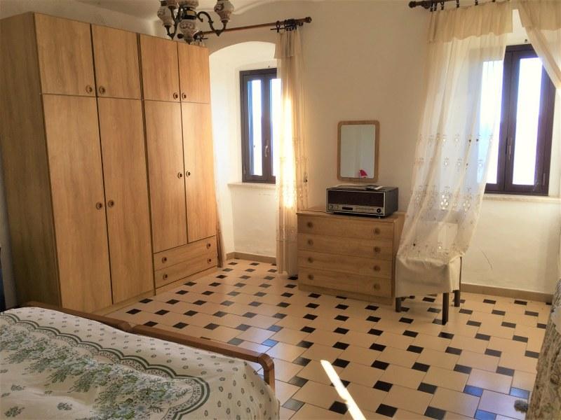 Appartamento in vendita a San Donato Val di Comino, 5 locali, prezzo € 75.000 | CambioCasa.it