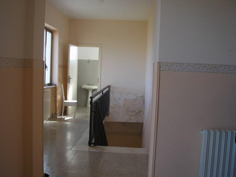 Palazzo / Stabile in vendita a Arpino, 10 locali, prezzo € 140.697 | Cambio Casa.it