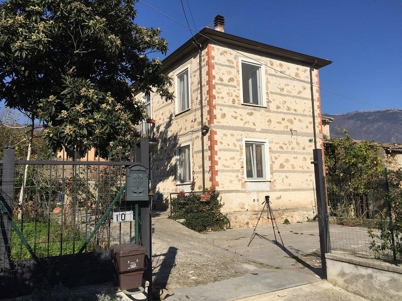 Soluzione Indipendente in vendita a Sora, 6 locali, prezzo € 138.000 | Cambio Casa.it