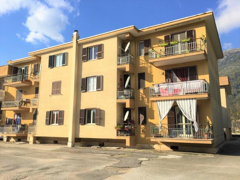 Appartamento in vendita a Sora, 7 locali, prezzo € 120.000 | Cambio Casa.it