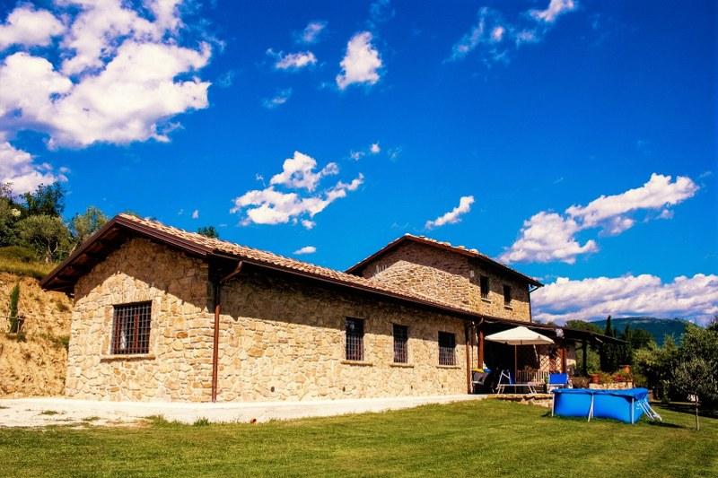 Rustico / Casale in vendita a Sora, 7 locali, Trattative riservate | CambioCasa.it