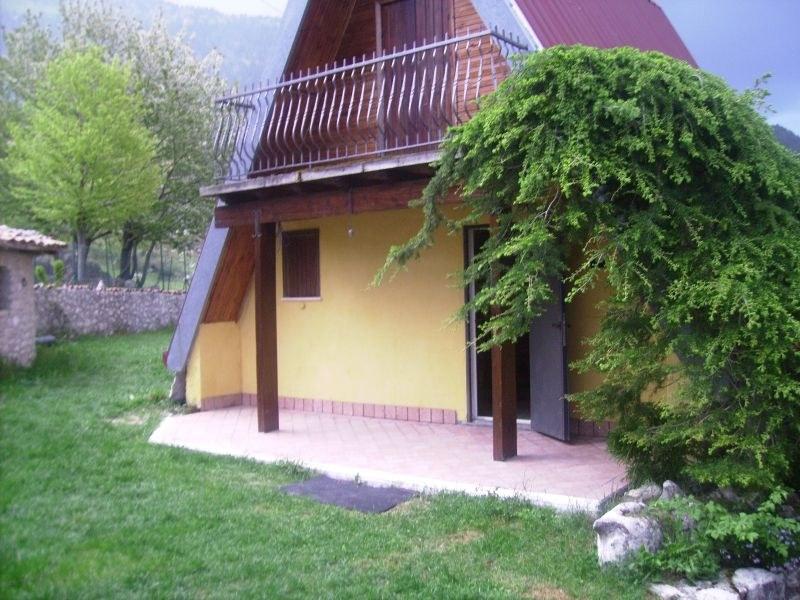 Villa a Schiera in Vendita a Alvito
