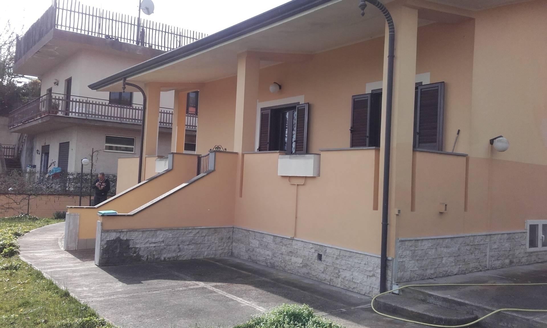 Villa in vendita a Sant'Apollinare, 5 locali, prezzo € 168.000 | CambioCasa.it