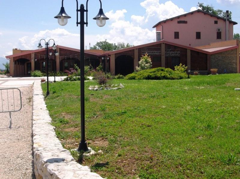 Albergo in vendita a Arce, 30 locali, zona Zona: Tramonti, Trattative riservate | CambioCasa.it