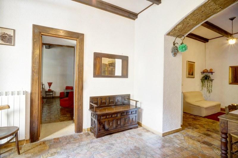 Appartamento in vendita a Arpino, 8 locali, prezzo € 180.000 | CambioCasa.it
