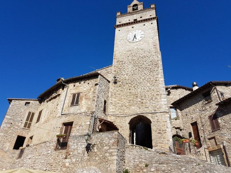 Rustico / Casale in vendita a Acquasparta, 9 locali, zona Zona: Portaria, prezzo € 59.000 | CambioCasa.it
