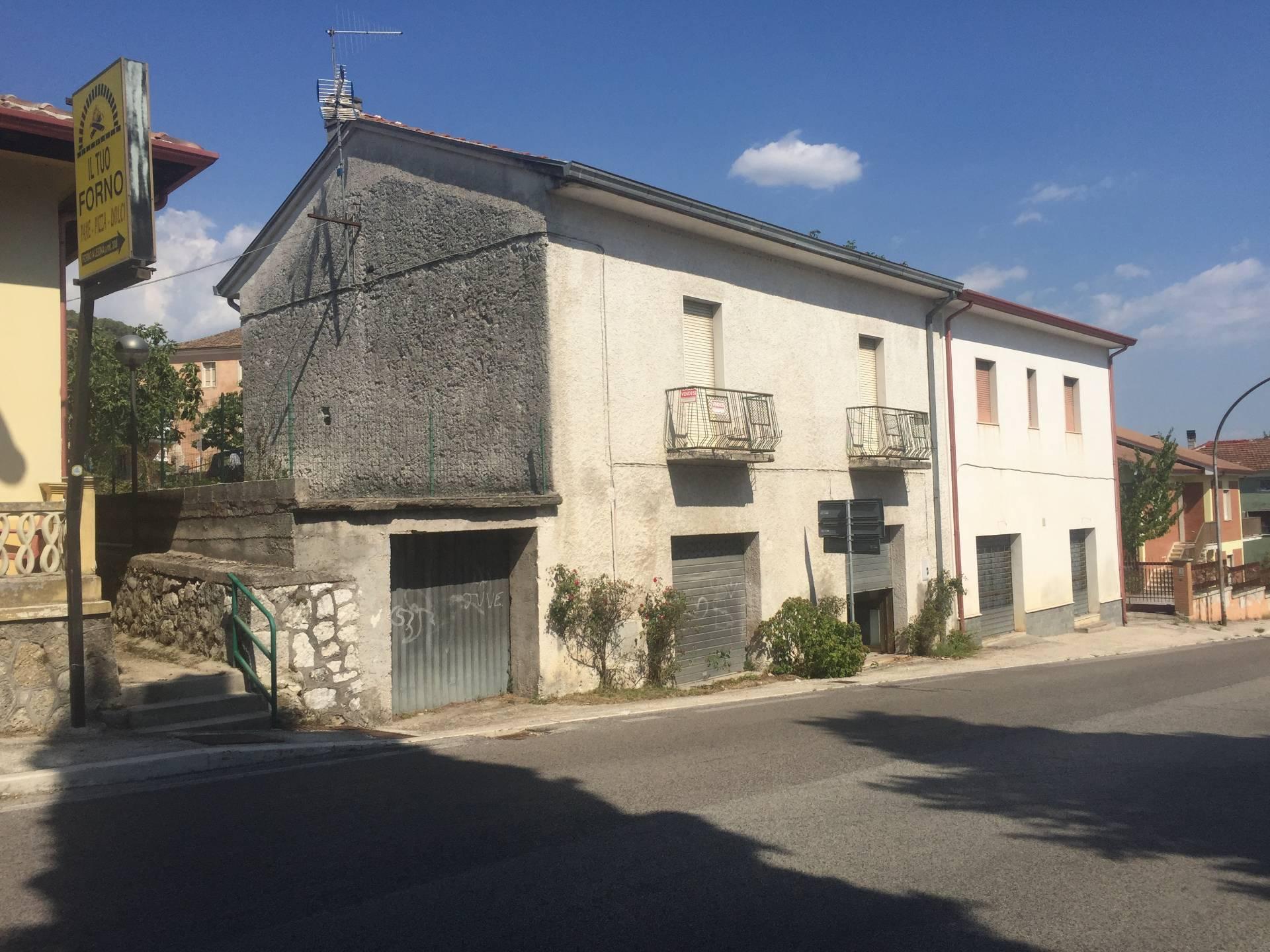 Soluzione Indipendente in vendita a Vicalvi, 10 locali, prezzo € 125.000 | CambioCasa.it