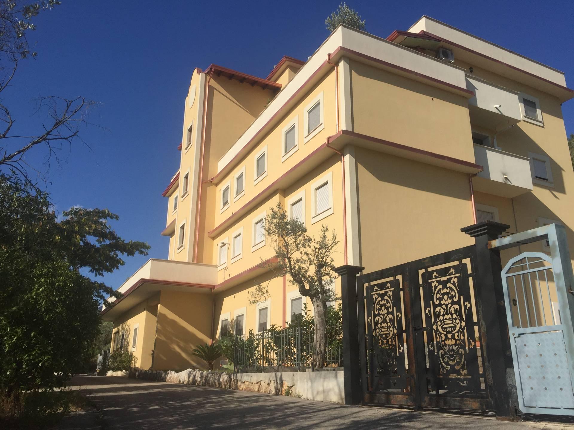 Appartamento in vendita a Sant'Elia Fiumerapido, 10 locali, prezzo € 190.000 | CambioCasa.it