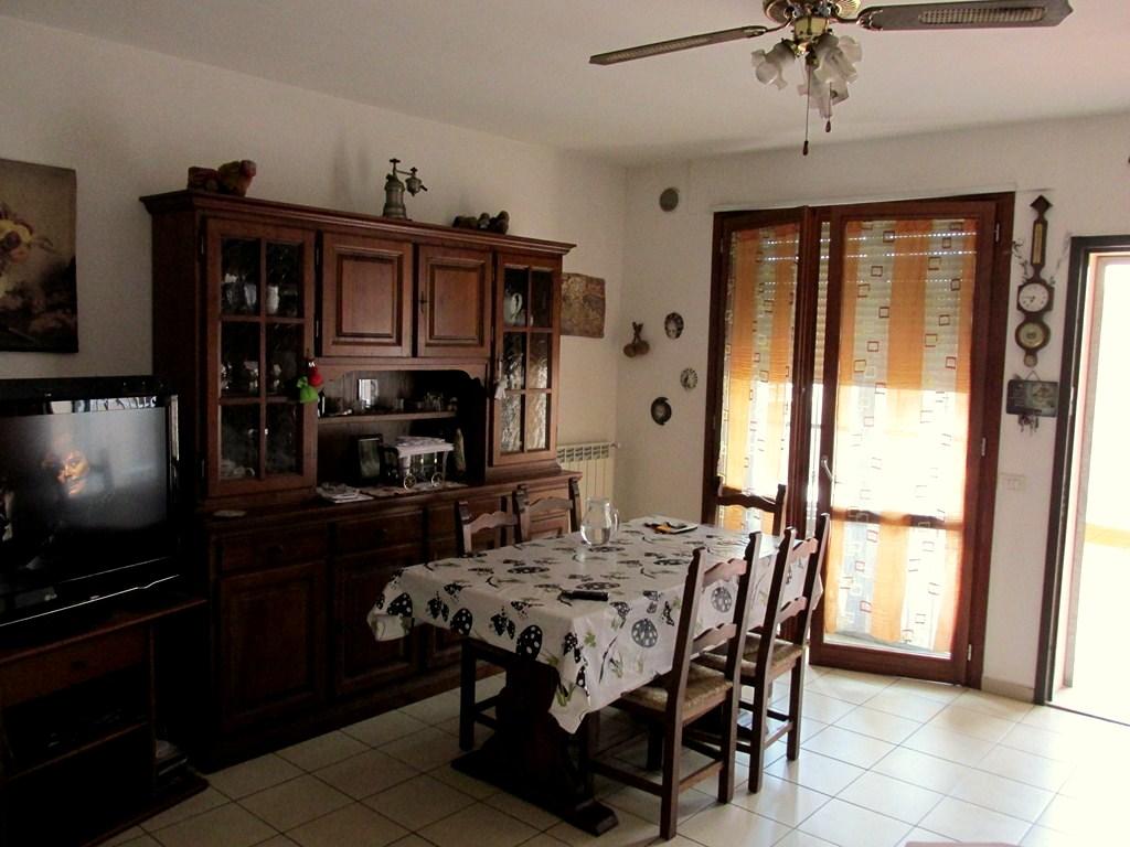 Appartamento in vendita a Santa Croce sull'Arno, 3 locali, prezzo € 125.000   Cambio Casa.it