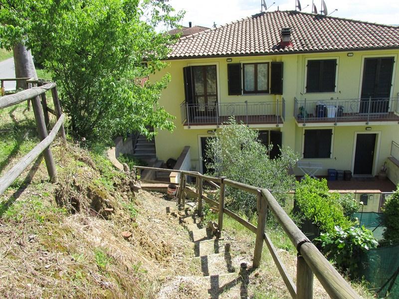 Appartamento in vendita a Santa Maria a Monte, 3 locali, zona Località: Montecalvoliinbasso, prezzo € 115.000 | CambioCasa.it