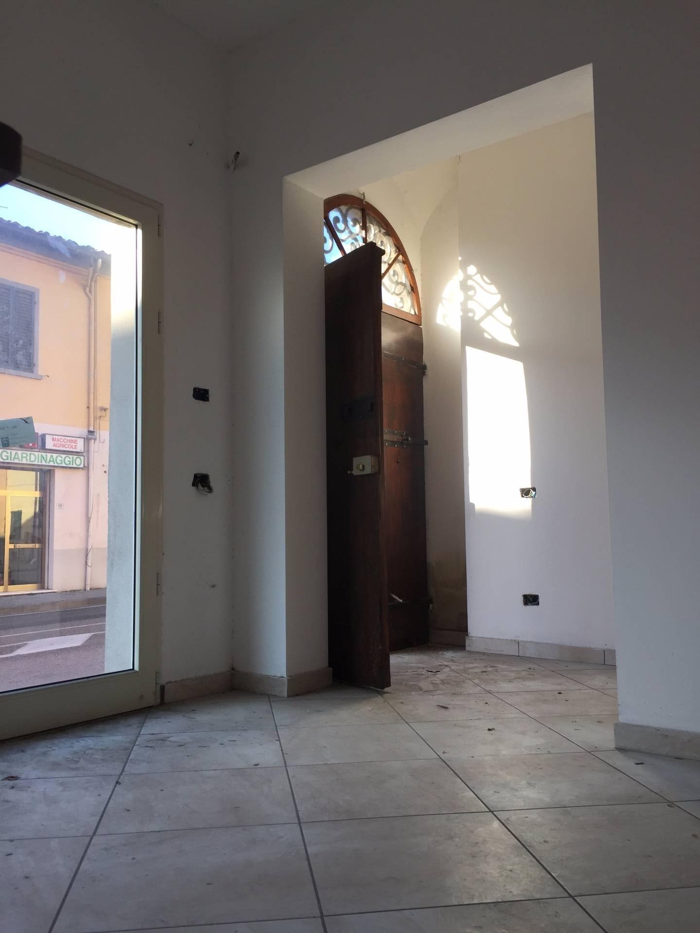 Negozio / Locale in Vendita a San Miniato