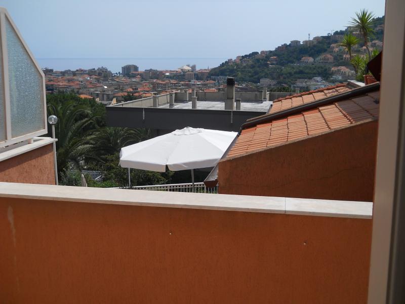 Bilocale Pietra Ligure Via San Francesco 2