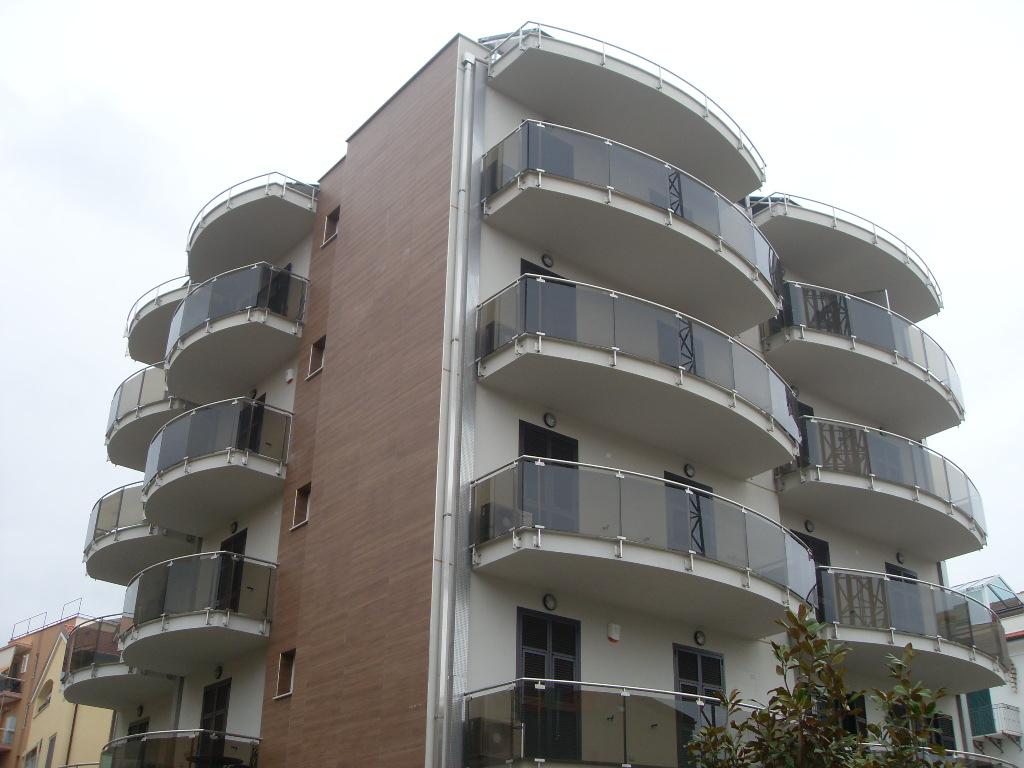 Bilocale Loano Via Aurelia 1