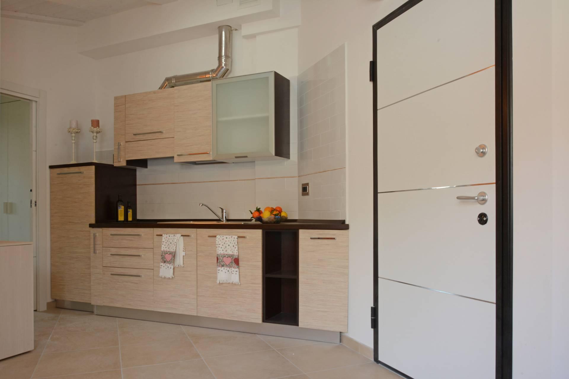 Bilocale Loano Via Aurelia 5