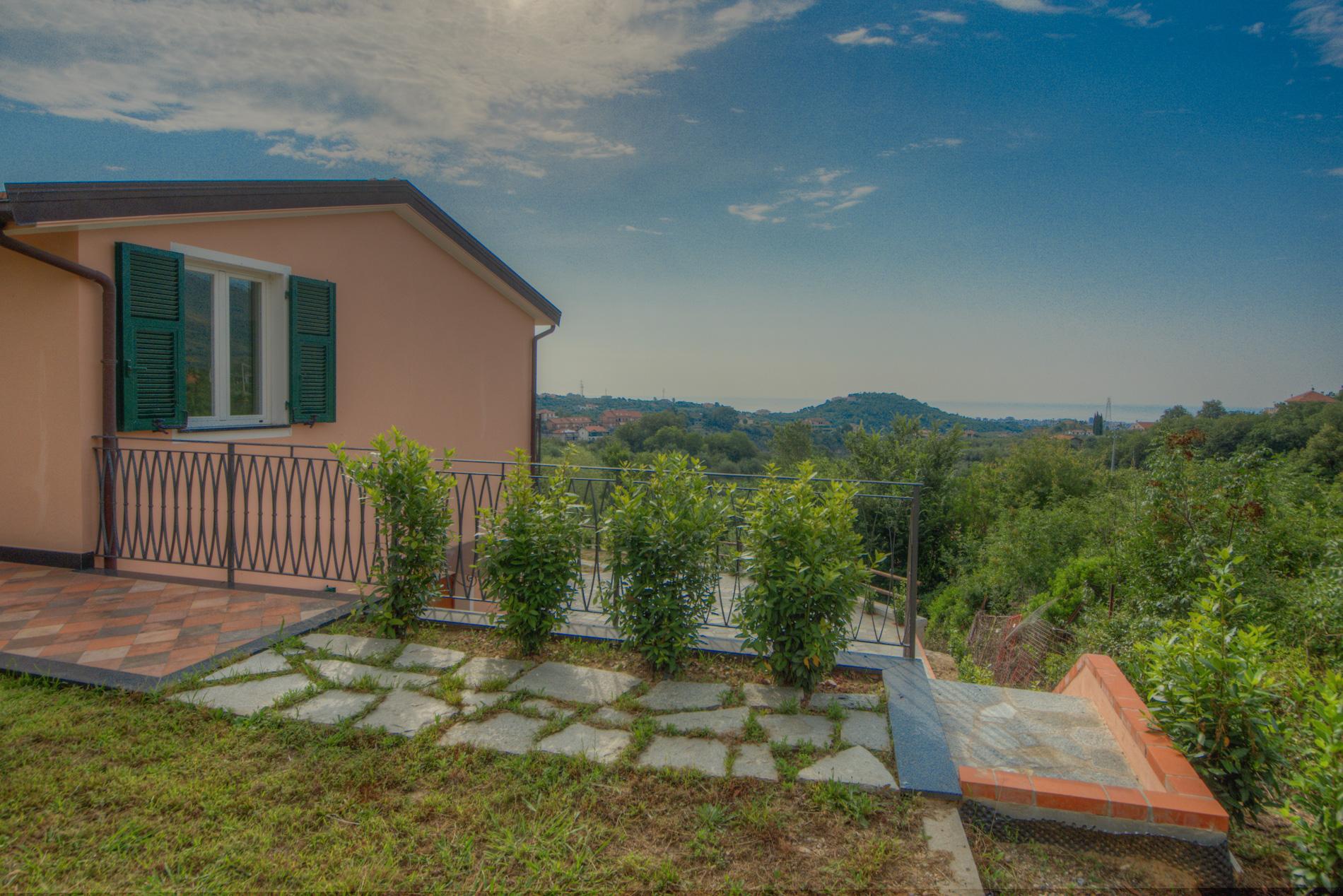 Villa in vendita a Boissano, 6 locali, Trattative riservate | Cambio Casa.it