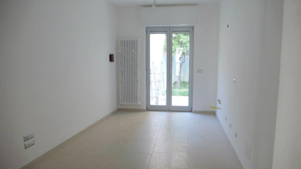 Appartamento in vendita a Finale Ligure, 3 locali, zona Località: FinaleMarina, prezzo € 460.000 | Cambio Casa.it