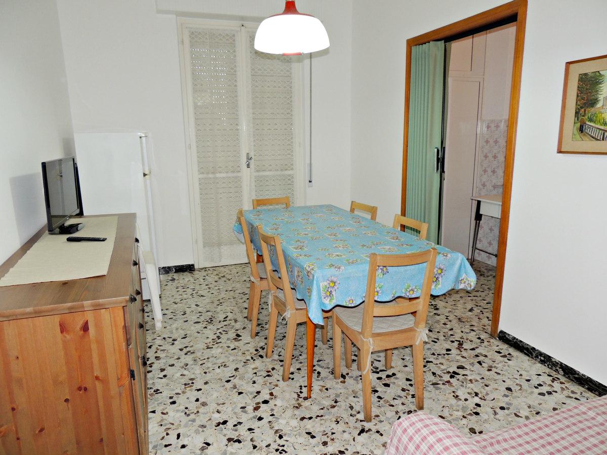 Appartamento in vendita a Borghetto Santo Spirito, 3 locali, prezzo € 215.000 | CambioCasa.it