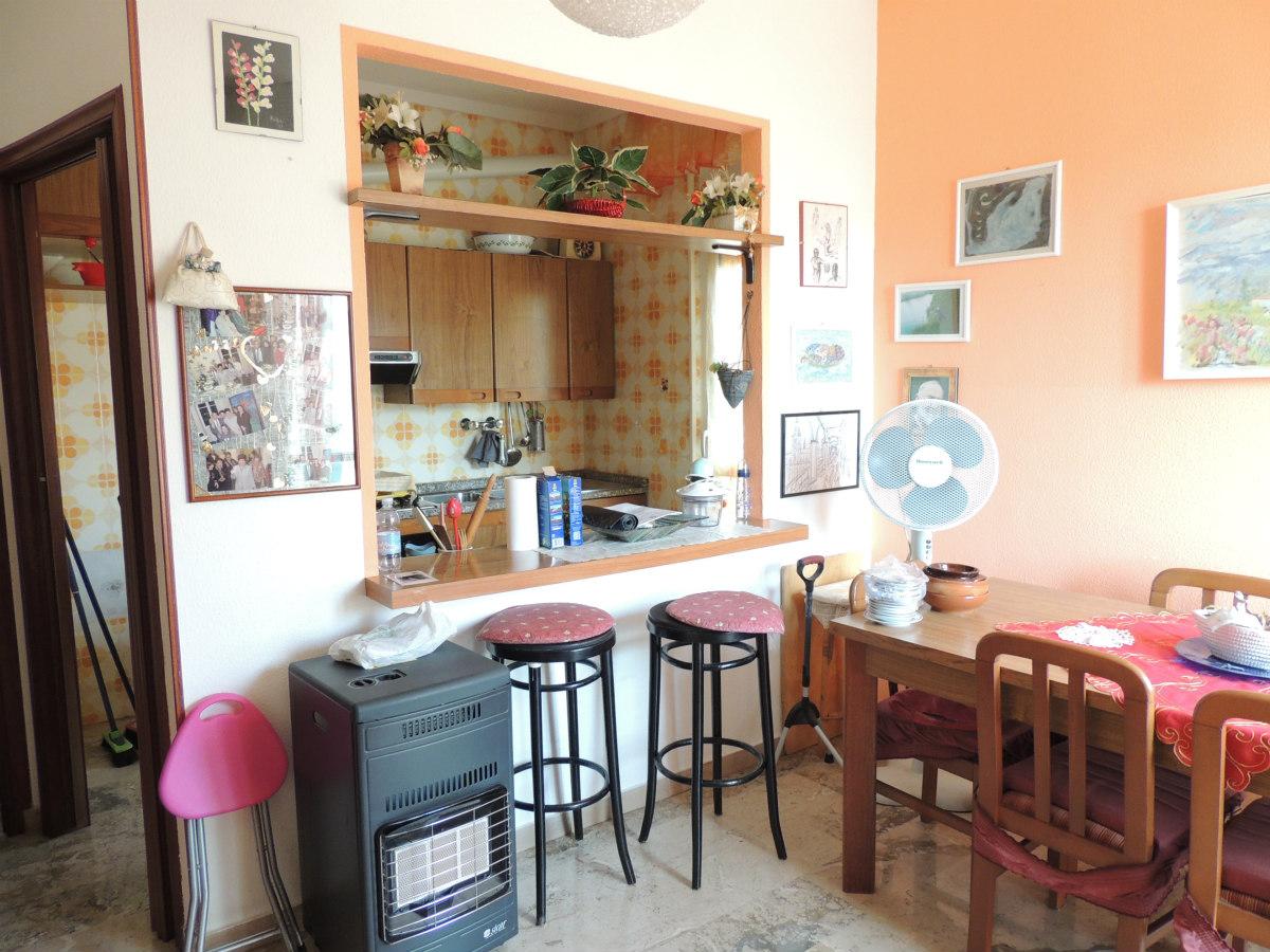 Appartamento in vendita a Toirano, 3 locali, prezzo € 138.000 | CambioCasa.it