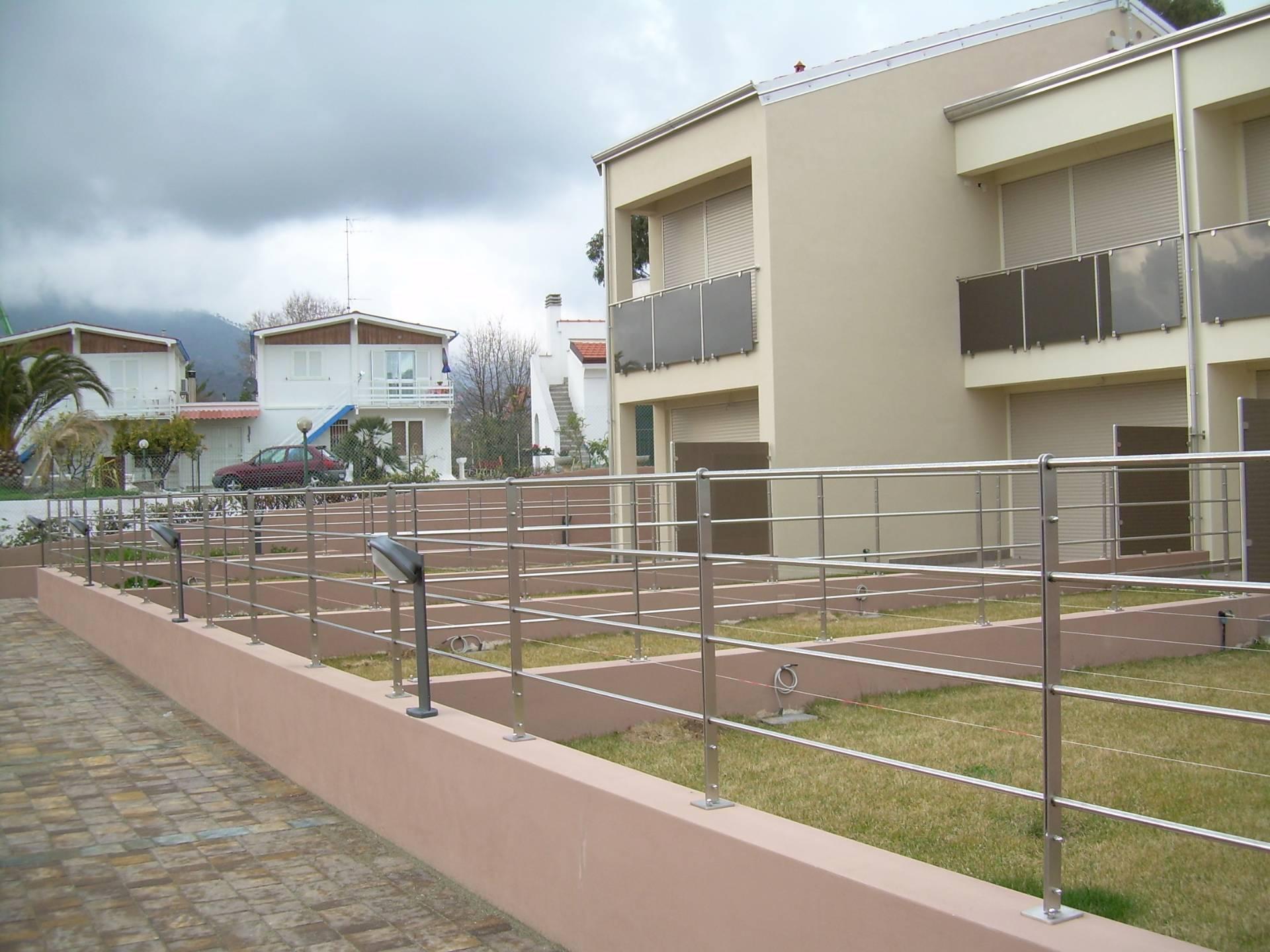 Villa a Schiera in vendita a Loano, 4 locali, zona Località: ZonaPoeti, prezzo € 460.000 | CambioCasa.it