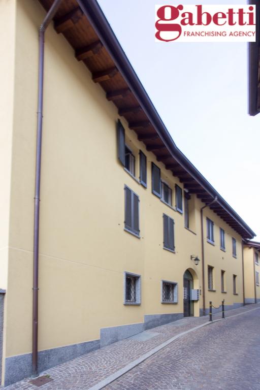 Bilocale Castello di Brianza Via Fontana 3