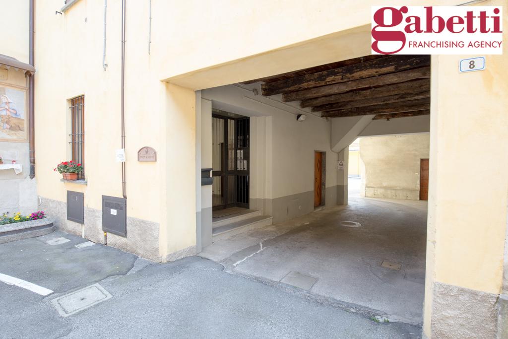 Bilocale Paderno d Adda Via Roma 2