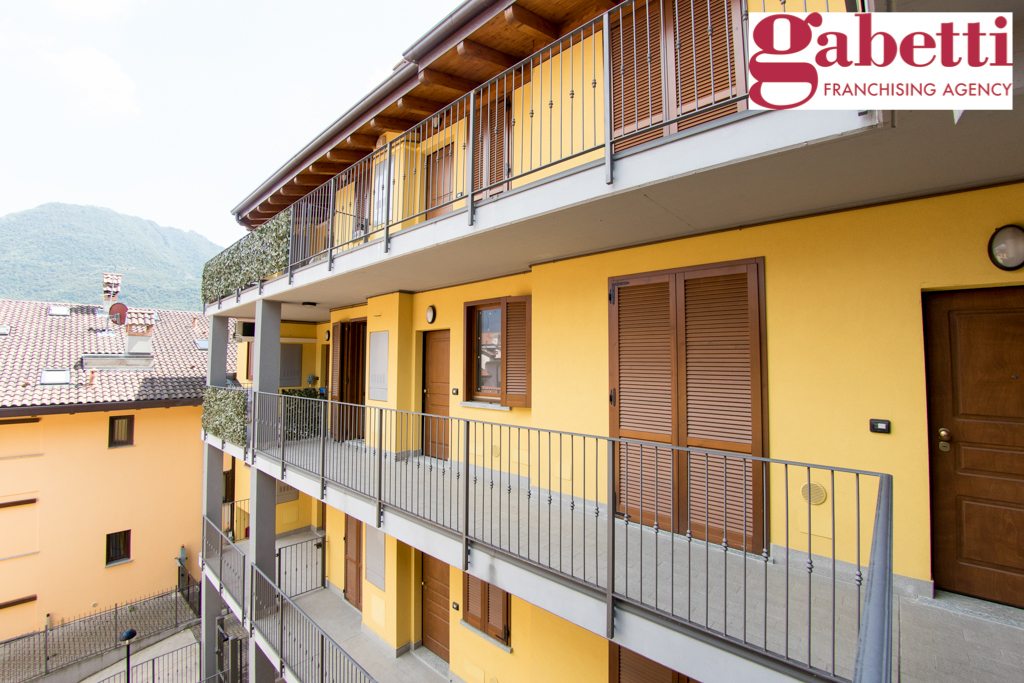 Bilocale Valmadrera Via Cavour 7