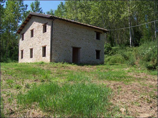 Rustico / Casale in vendita a Amandola, 9999 locali, prezzo € 150.000 | Cambio Casa.it