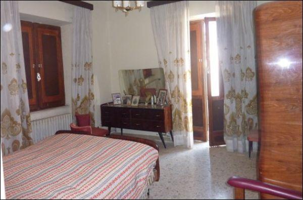 Soluzione Indipendente in vendita a Venarotta, 9999 locali, prezzo € 200.000 | Cambio Casa.it