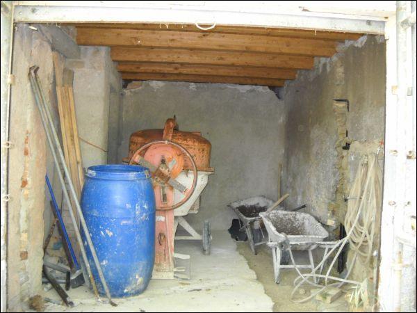 Palazzo / Stabile in vendita a Ascoli Piceno, 9999 locali, zona Zona: Monticelli, prezzo € 120.000 | Cambio Casa.it