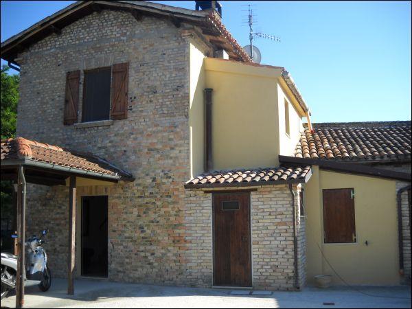 Rustico / Casale in vendita a Ascoli Piceno, 9999 locali, zona Zona: Mozzano, prezzo € 320.000 | Cambio Casa.it