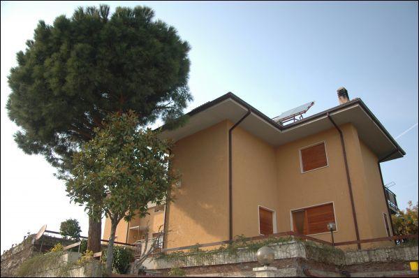 Villa in vendita a Ascoli Piceno, 9999 locali, zona Zona: Monticelli, prezzo € 370.000 | Cambio Casa.it
