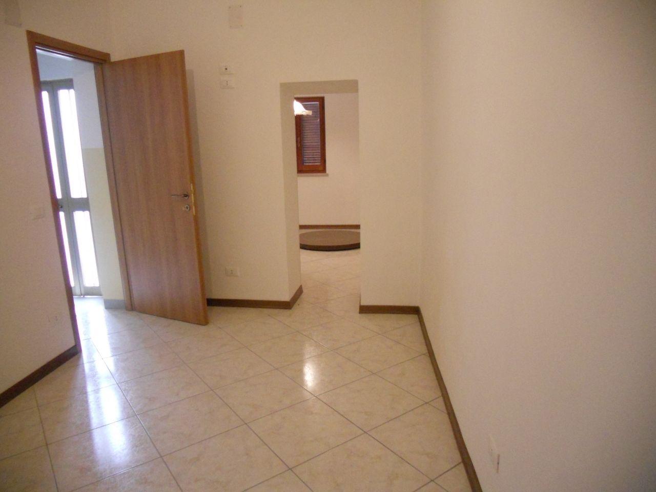 Palazzo / Stabile in vendita a Maltignano, 9999 locali, prezzo € 90.000 | Cambio Casa.it