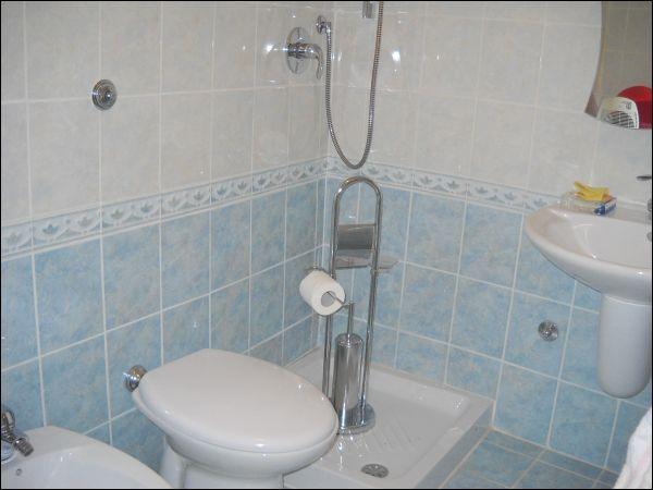 Soluzione Semindipendente in vendita a Ascoli Piceno, 9999 locali, zona Zona: Rosara, prezzo € 75.000 | Cambio Casa.it