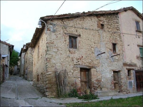 Rustico / Casale in vendita a Ascoli Piceno, 9999 locali, zona Zona: Venagrande, prezzo € 45.000 | CambioCasa.it