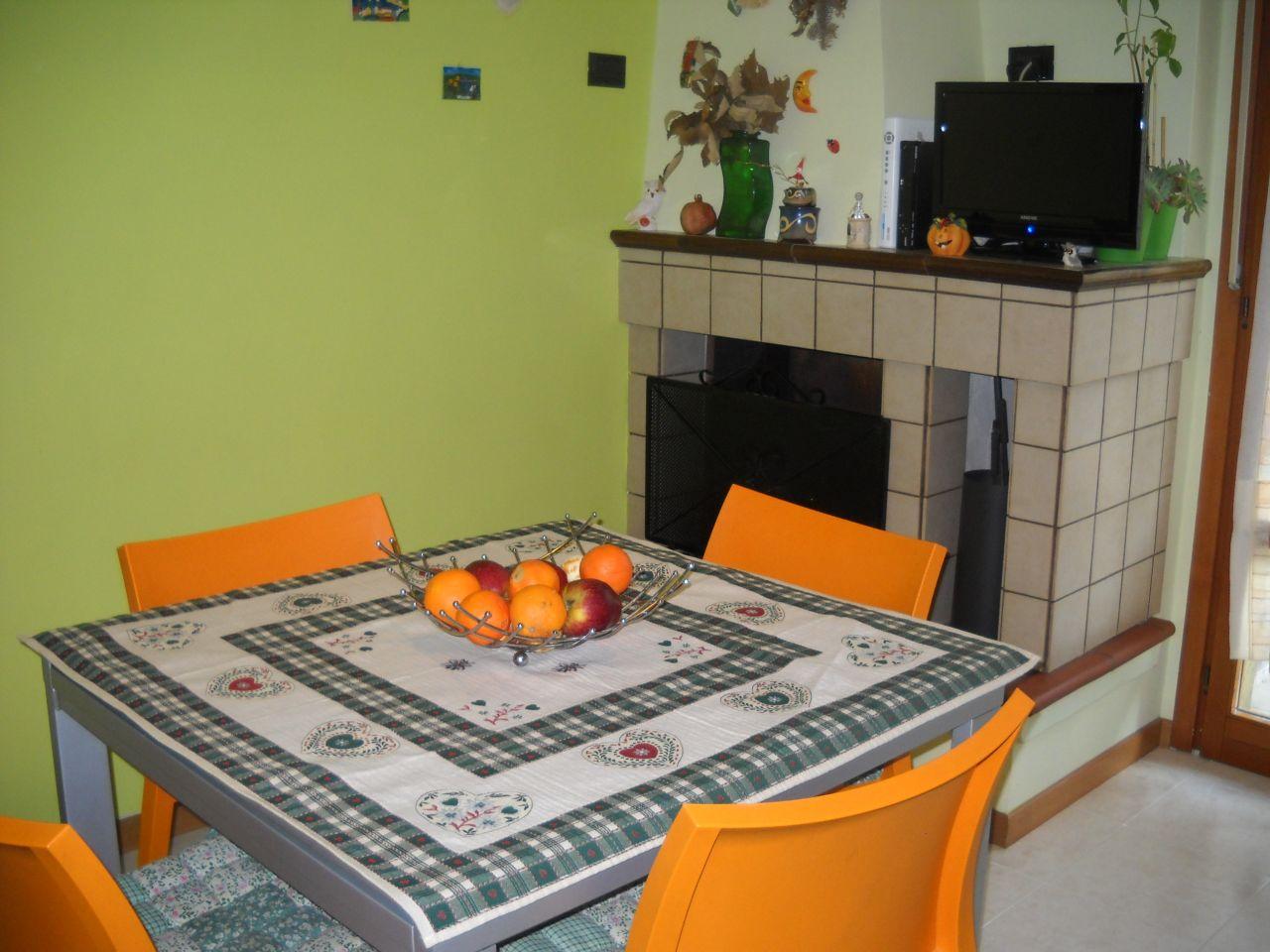 Appartamento in vendita a Ascoli Piceno, 6 locali, zona Località: P.taRomana, prezzo € 200.000 | Cambio Casa.it