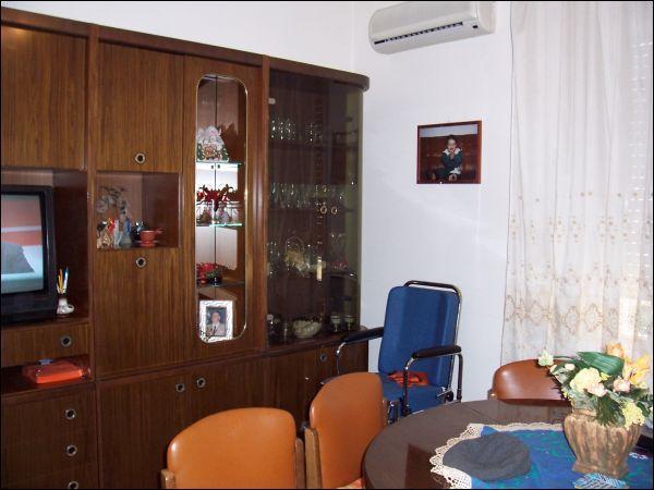 Appartamento in vendita a Ascoli Piceno, 9999 locali, zona Località: P.taMaggiore, prezzo € 130.000 | Cambio Casa.it