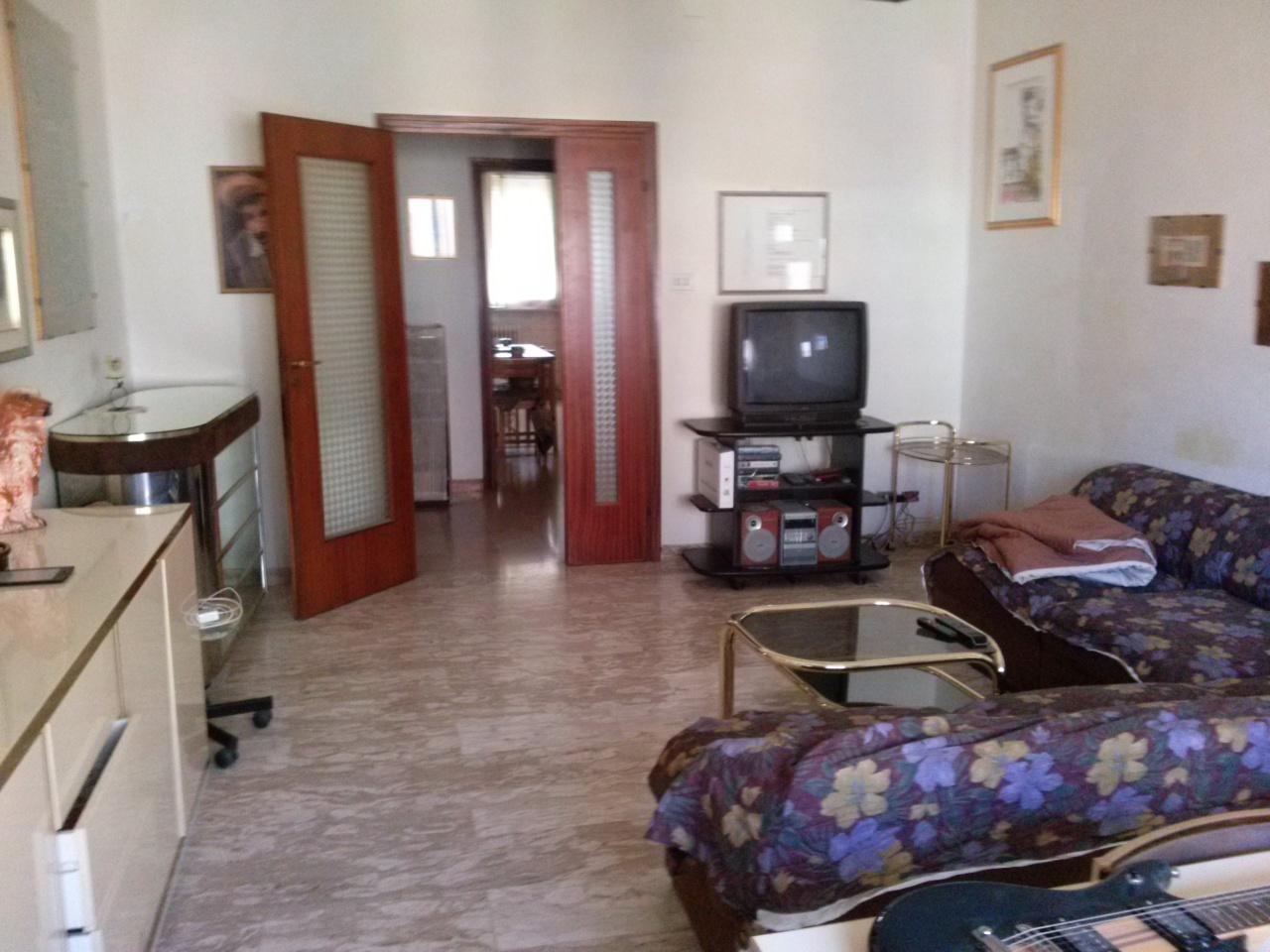 Appartamento in vendita a Ascoli Piceno, 9999 locali, zona Località: P.zzaImmacolata, prezzo € 150.000 | Cambio Casa.it