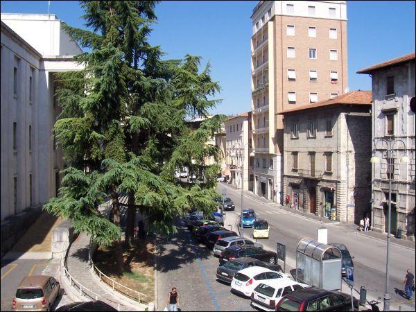 Appartamento in vendita a Ascoli Piceno, 5 locali, zona Località: CentroStorico, prezzo € 180.000   Cambio Casa.it