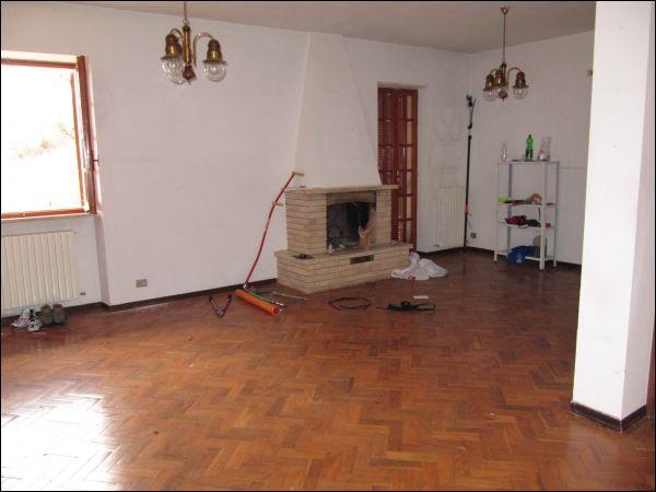 Villa in vendita a Ascoli Piceno, 9999 locali, zona Zona: Lisciano, prezzo € 280.000 | Cambio Casa.it
