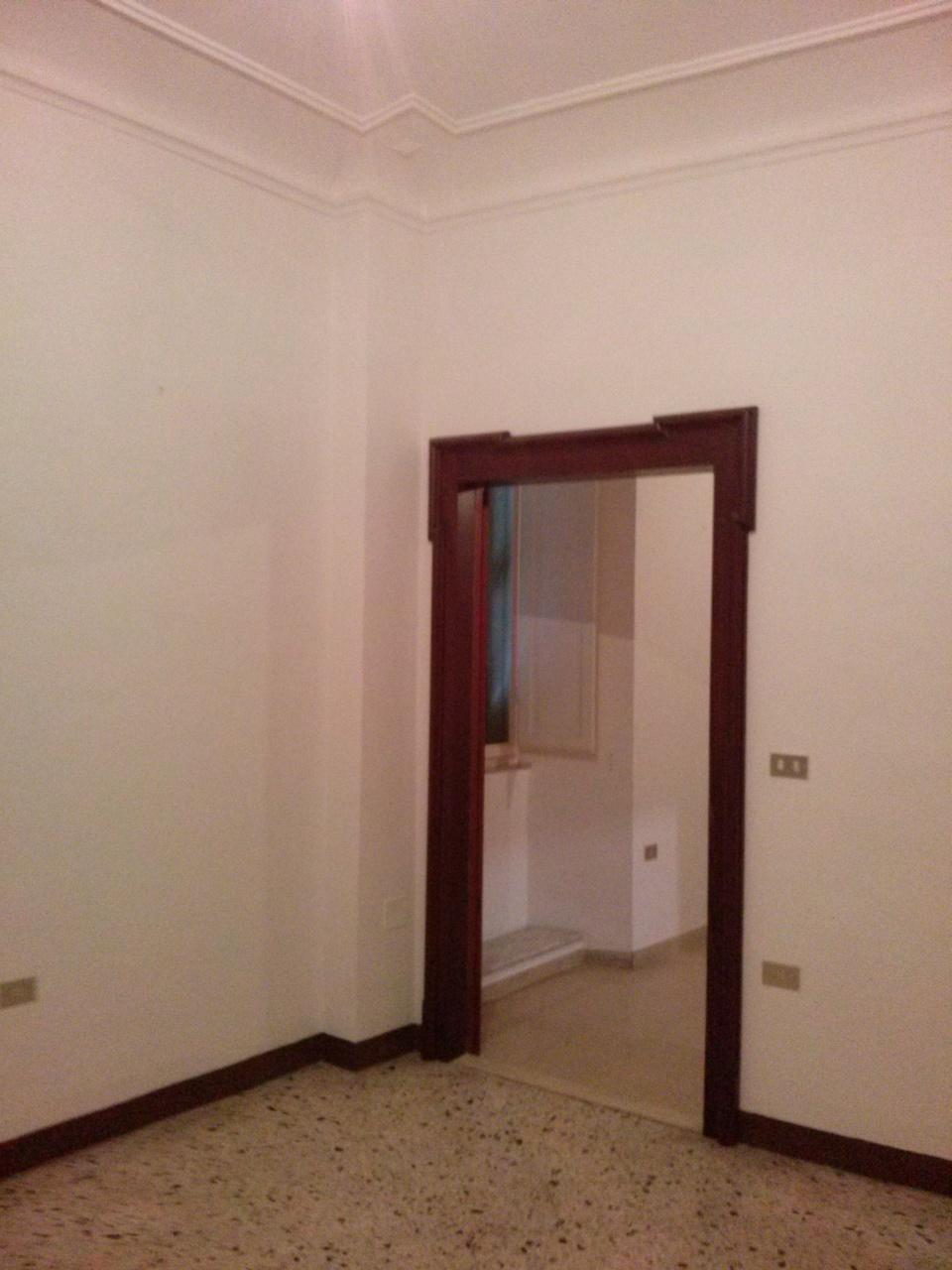 Appartamento in affitto a Ascoli Piceno, 5 locali, zona Località: CentroStorico, prezzo € 650 | Cambio Casa.it