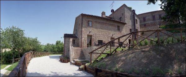 Immobile Turistico in affitto a Force, 9999 locali, Trattative riservate | Cambio Casa.it