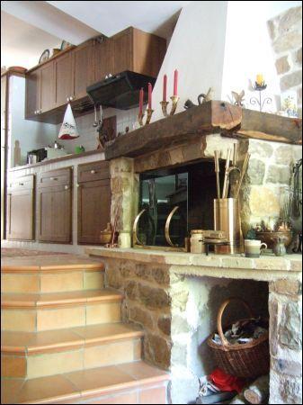 Soluzione Indipendente in vendita a Montemonaco, 9999 locali, prezzo € 120.000 | Cambio Casa.it