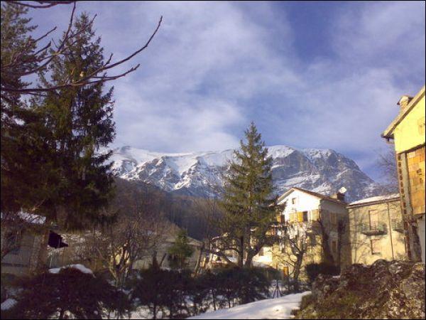 Palazzo / Stabile in vendita a Arquata del Tronto, 9999 locali, prezzo € 50.000 | Cambio Casa.it