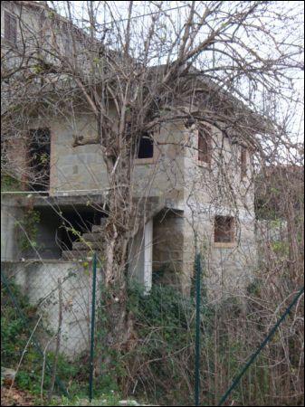 Soluzione Indipendente in vendita a Valle Castellana, 9999 locali, prezzo € 40.000 | Cambio Casa.it